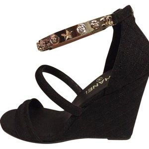 CHANEL ankle charm cuff wedge sandals LIKE NEW 7.5